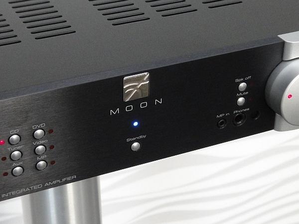 Moon Neo 220i - Details (ggf. Abbildung ähnlich)