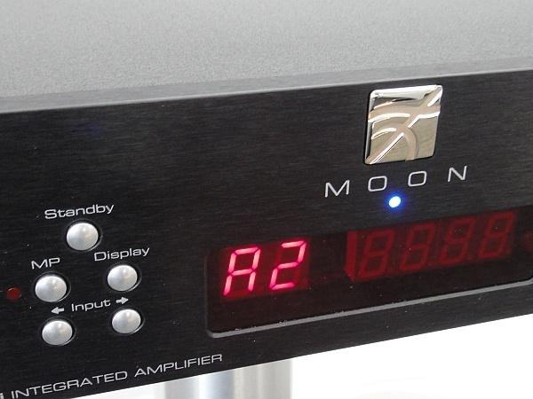 Moon Neo 340i - Details (ggf. Abbildung ähnlich)
