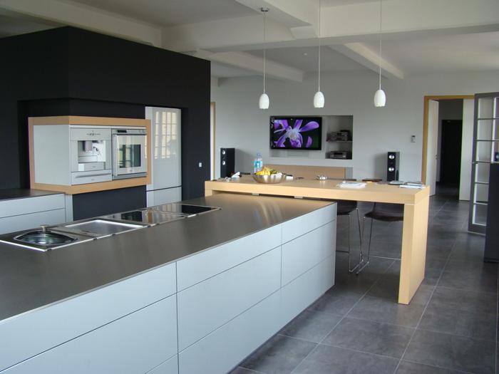 tv und centereinbau uni hifi leipzig. Black Bedroom Furniture Sets. Home Design Ideas