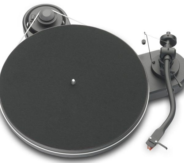 Pro-Ject RPM 1.3 Genie - Schwarz matt